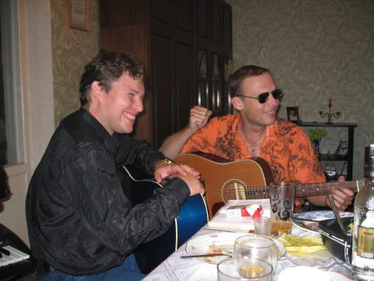 """квартирник на 9-й Парковой по случаю выпуска альбома """"Полёты души"""", 2006 г."""